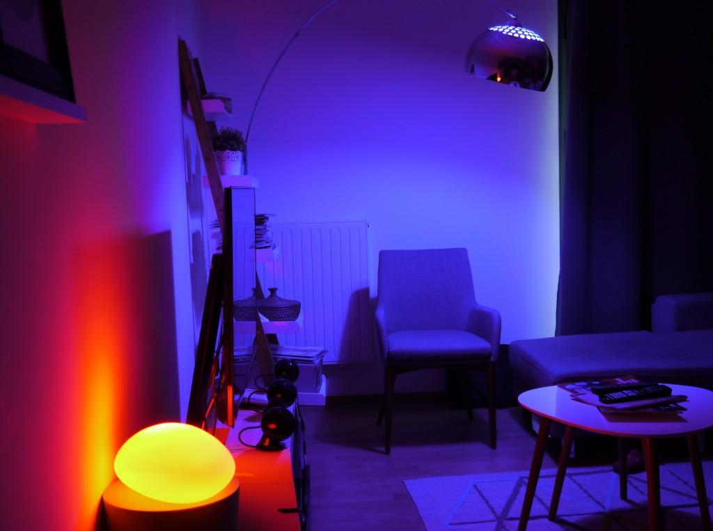Je peux personnaliser l'ambiance lumineuse de mon salon