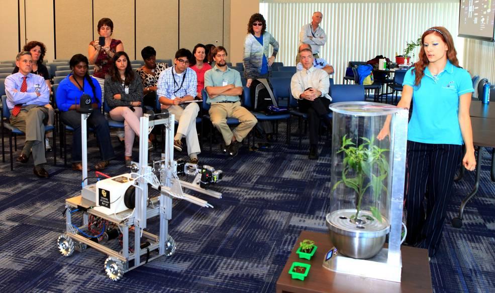smartpot et robot pour cultiver sur mars