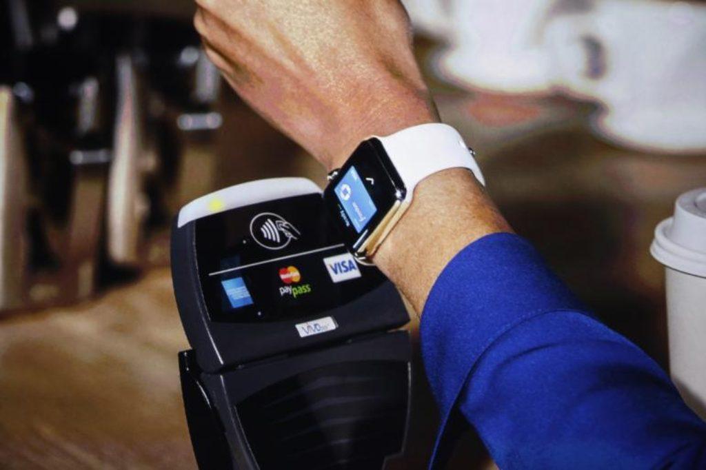 apple-pay-apple-watch