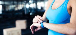 Étude : les objets connectés peuvent aider à atteindre les objectifs fitness