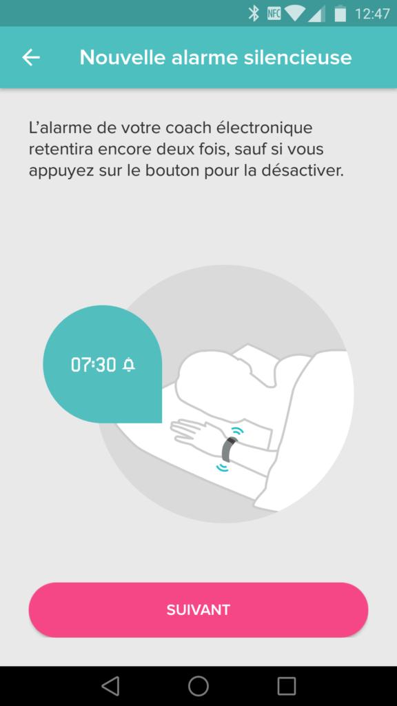 Le Fitbit Alta peut vibrer au réveil.