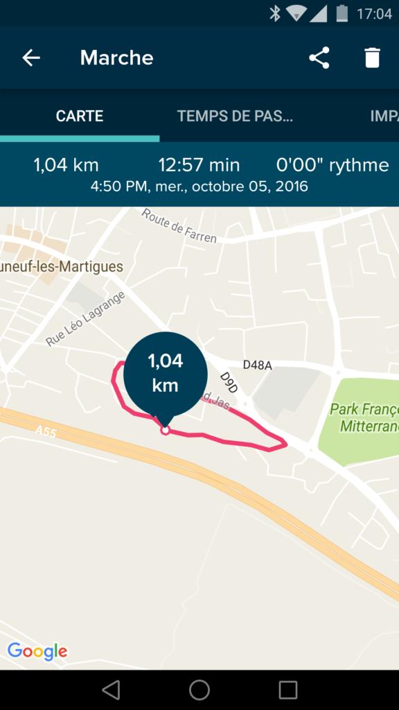 L'application utilise le GPS du smartphone pour suivre votre trajet.