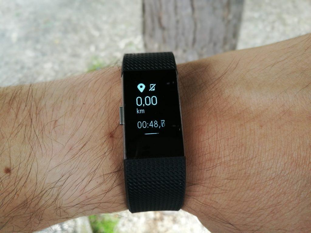 Le bracelet connecté peut lancer une mesure manuellement pour divers exercices.