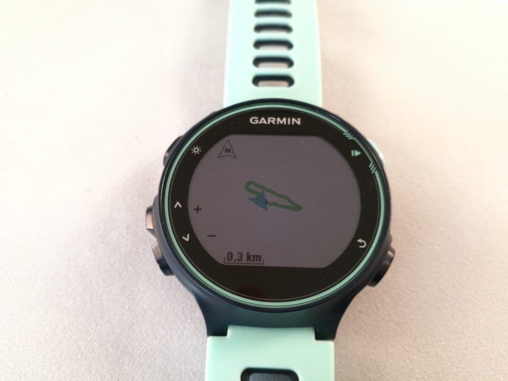 Le GPS de la Forerunner 735XT permet d'afficher le tracé de votre exercice.