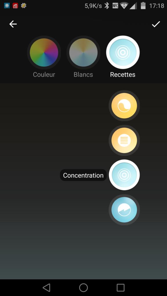 Il y a quatre couleurs prédéfinies avec chacune une fonction : détente, lecture, concentration ou stimulation.