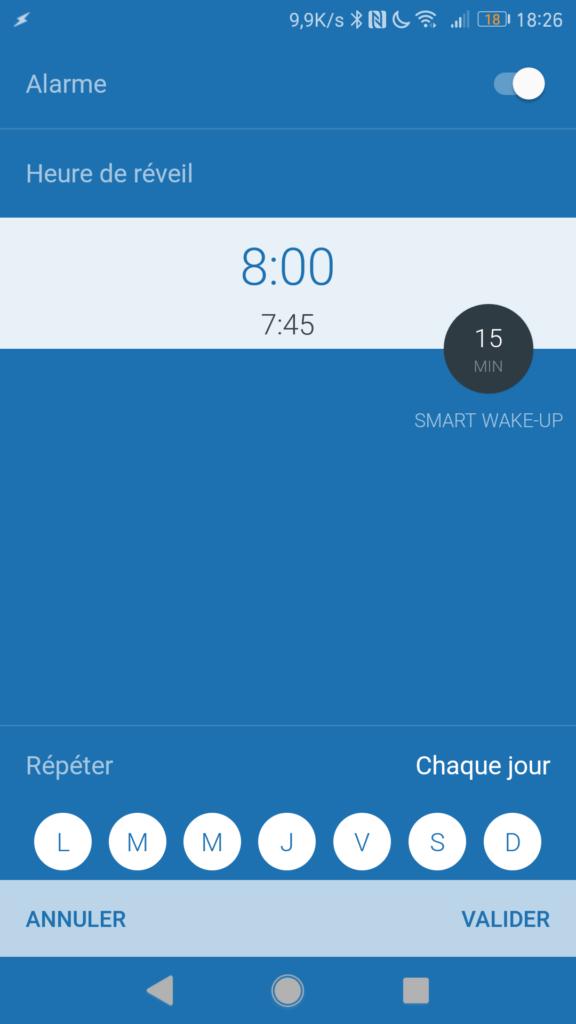 L'alarme fait vibrer légèrement la montre connectée.