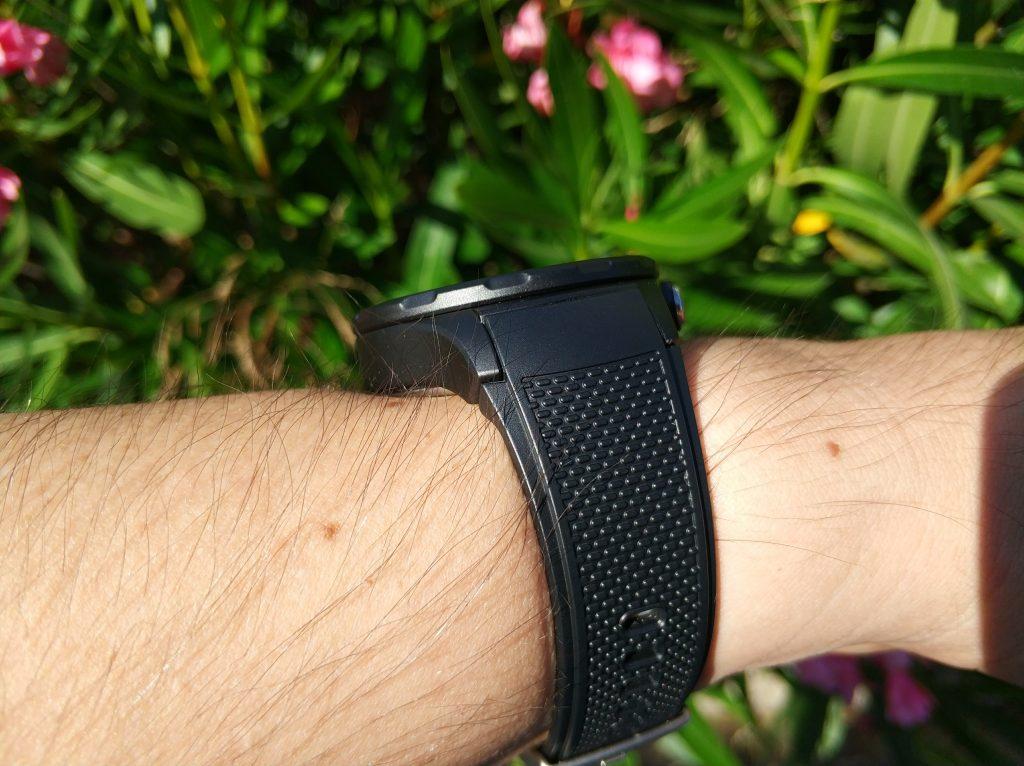 Smartwatch Huawei trop épaisse