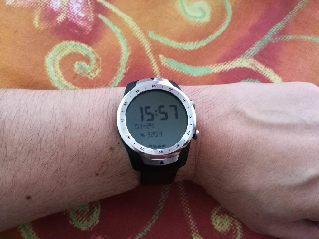 Mode Essentiel smartwatch Mobvoi