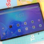 Lenovo Tab P11 Pro - Se bat avec Samsung